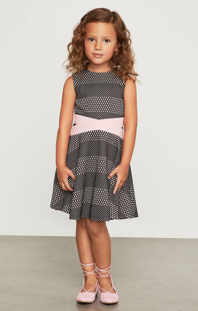 Vestido-BCBGirls-negro-con-lazo-rosa-B638DR186_BLK_b
