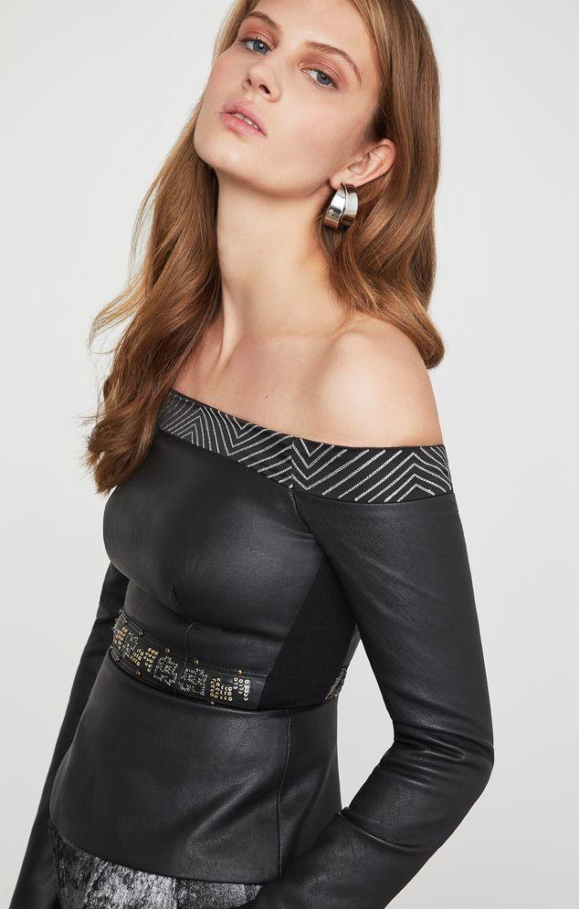 Blusa-hombros-descubiertos-RPY1185835_001