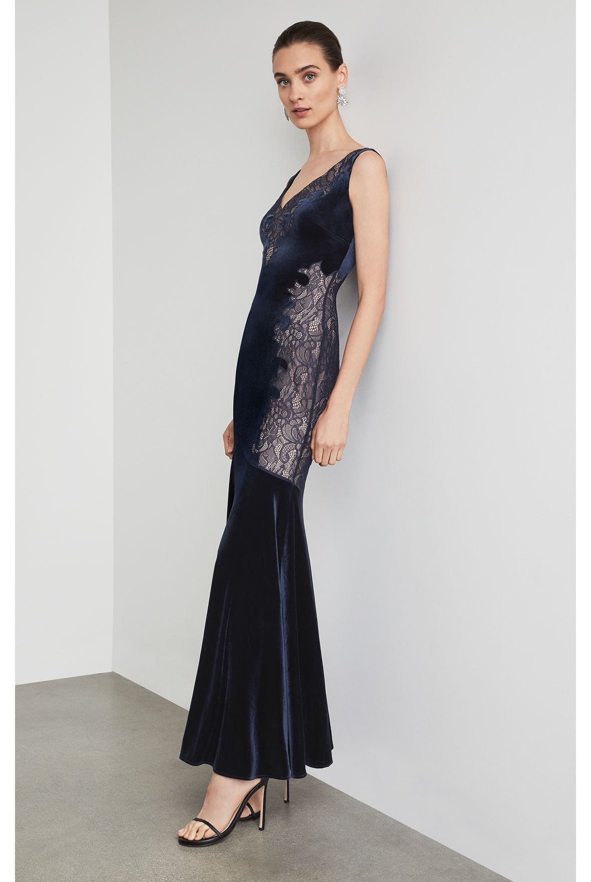 Vestido-largo-de-velvet-GFH6170256_411_c