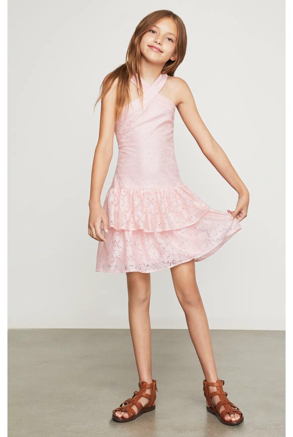 Vestido-halter-BCBGirls-rosa-claro-con-encaje-B838DR205_RPL_b